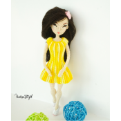 Куколка Джессика в желтом платье