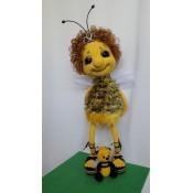 Пчёлка Майя и её друг мишкопчёл
