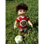 Мальчишка-футболист