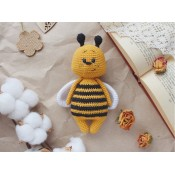 Мастер-класс по вязанию крючком  Пчелёнок Микки