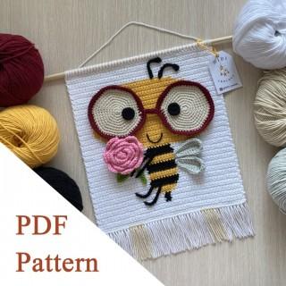 Bee PDF pattern, crochet