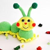 Бесплатное описание игрушки крючком Гусеничка