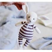 Кролик в пижамке