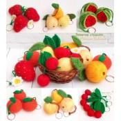 Фрукты-ягоды. Вязаные брелоки (спицы)
