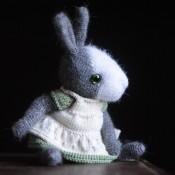 Платье и передник для Мини зайчика в стиле Тедди