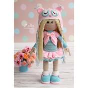 Куколка в шапочке совы